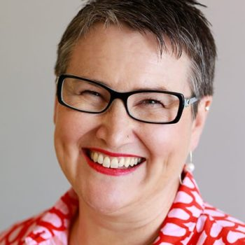 Dr Lisa Begg